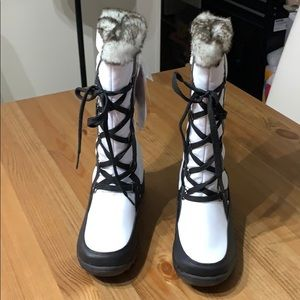 NWT Totes Boots Thermo Lite Waterproof Size 7 M